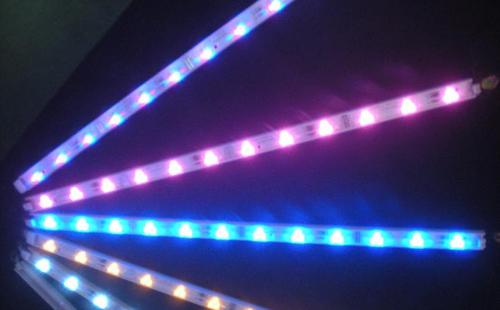 如何区别LED灯带与灯条