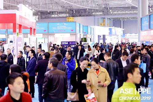 千余品牌强势入驻,全球客商汇聚蓉城!成都国际广告标识、印刷包装及LED照明产业博览会盛大收官!