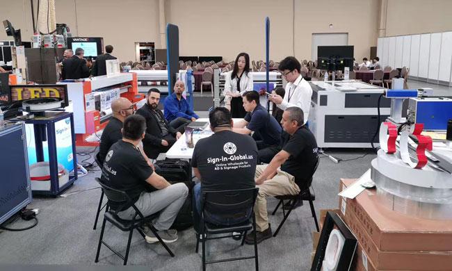 标识网重装参加ISA国际标识展